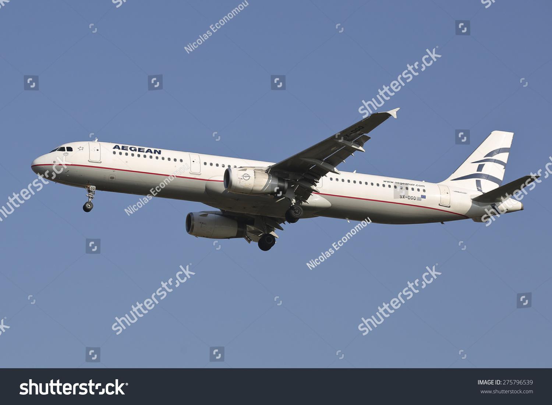 空客a321飞机降落在国际机场makedonia